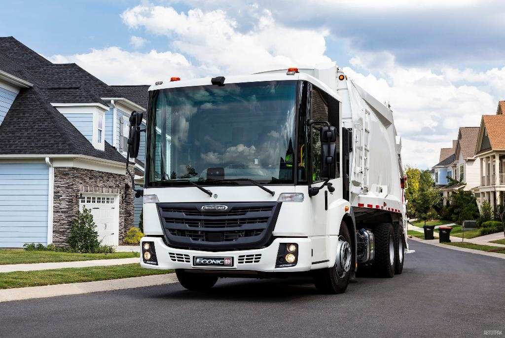 Freightliner EconicSD Waste Collection Trucks: пришелся ко двору