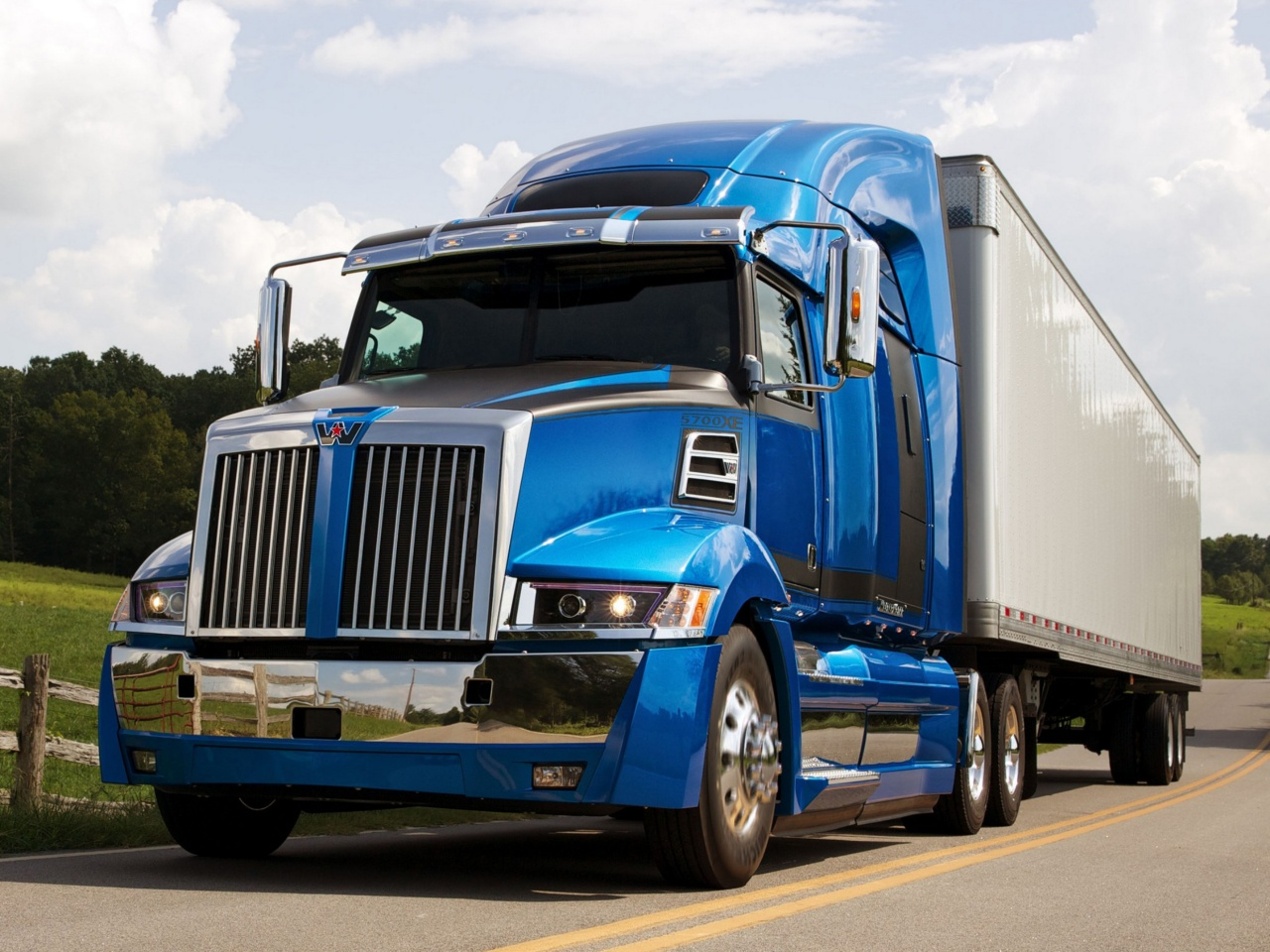 В 2014 году на вершине модельного ряда Western Star оказались грузовики семейства «5700XE».jpeg