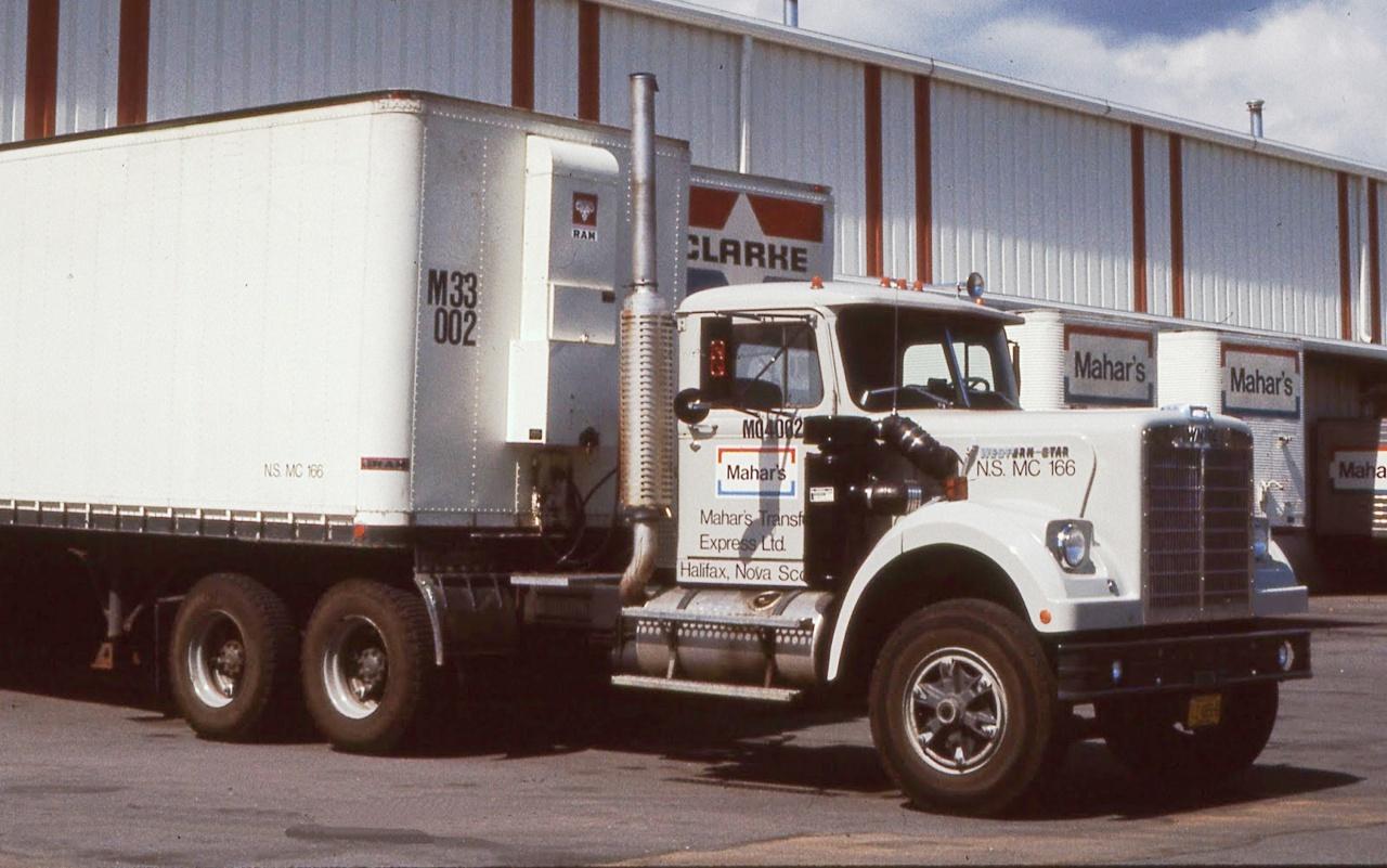 Седельный тягач White-Western Star 4964, 1973 г..jpg