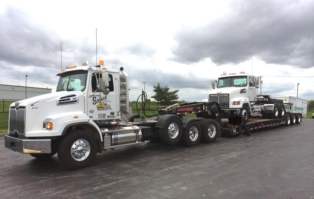 Новую серию грузовиков с индексом «4700» Western Star представил в 2011 году.jpg